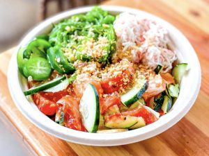 Tips on How to Order a Healthy Poke Bowl