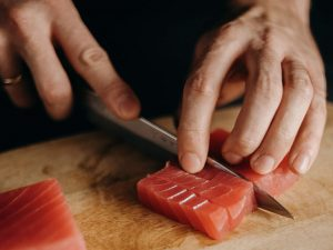 What's the Difference Between Poke and Sashimi?